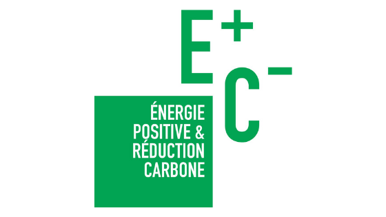 label E+C-